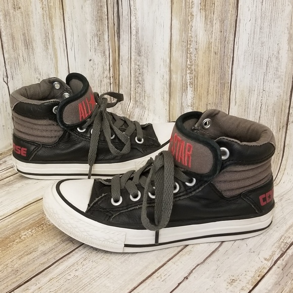 318c6dca990e Converse Other - Converse Girl s Size 11 Youth Black Leather ...